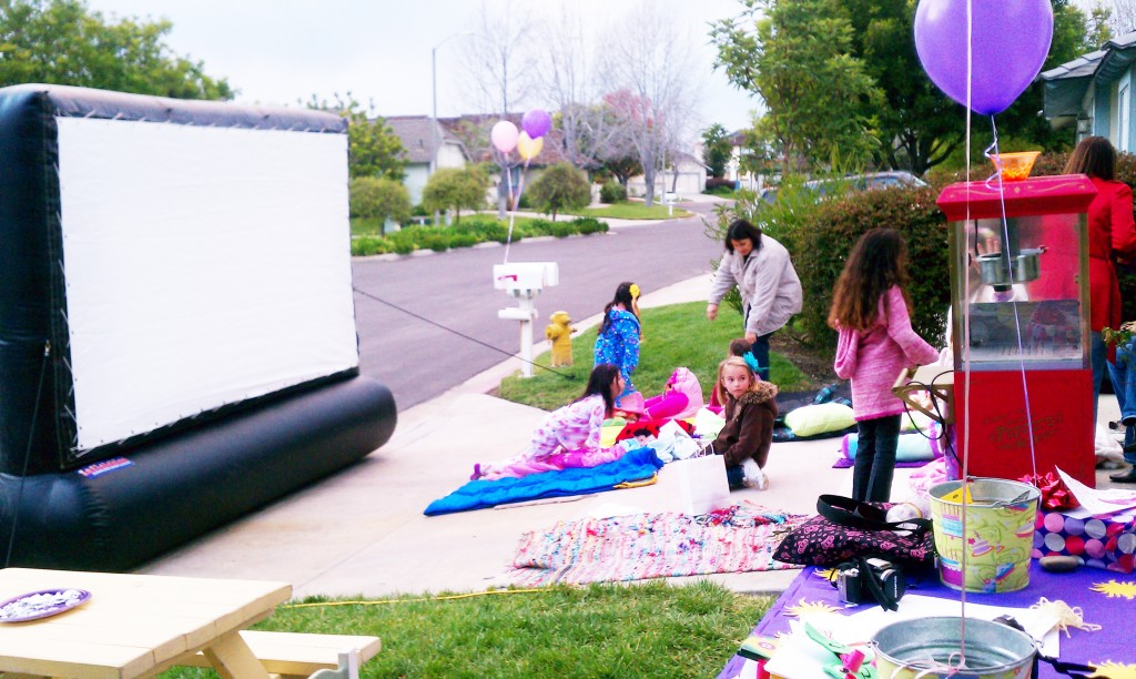 Inflatable movie screens to rent
